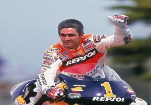 Top 10 Greatest MotoGP Riders of All Time Mick Doohan Sportsnile