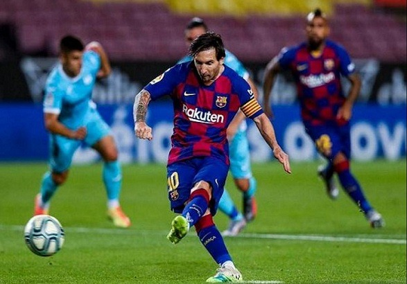 Barcelona beat Leganes at the Camp Nou by a 2 - 0!