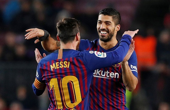 Suarez does not want Leo to forget his advice!